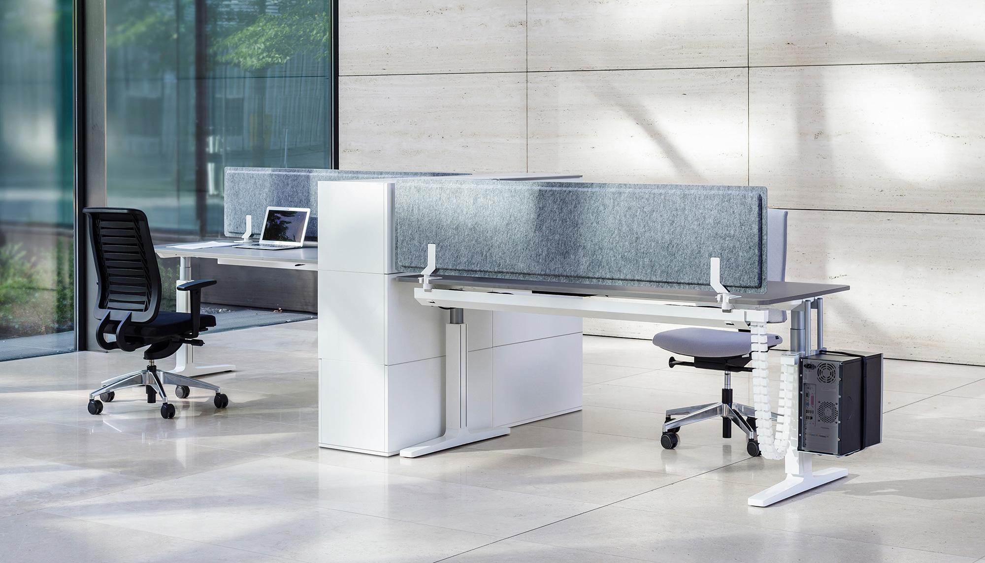 Das System Ist Erweiterbar Mit Den VARIO PET PORT Sichtschutzblenden, Die  Mit Allen VARIO Tischsystemen Kombinierbar Sind. Die Wandpaneele Sind  Außerdem Als ...
